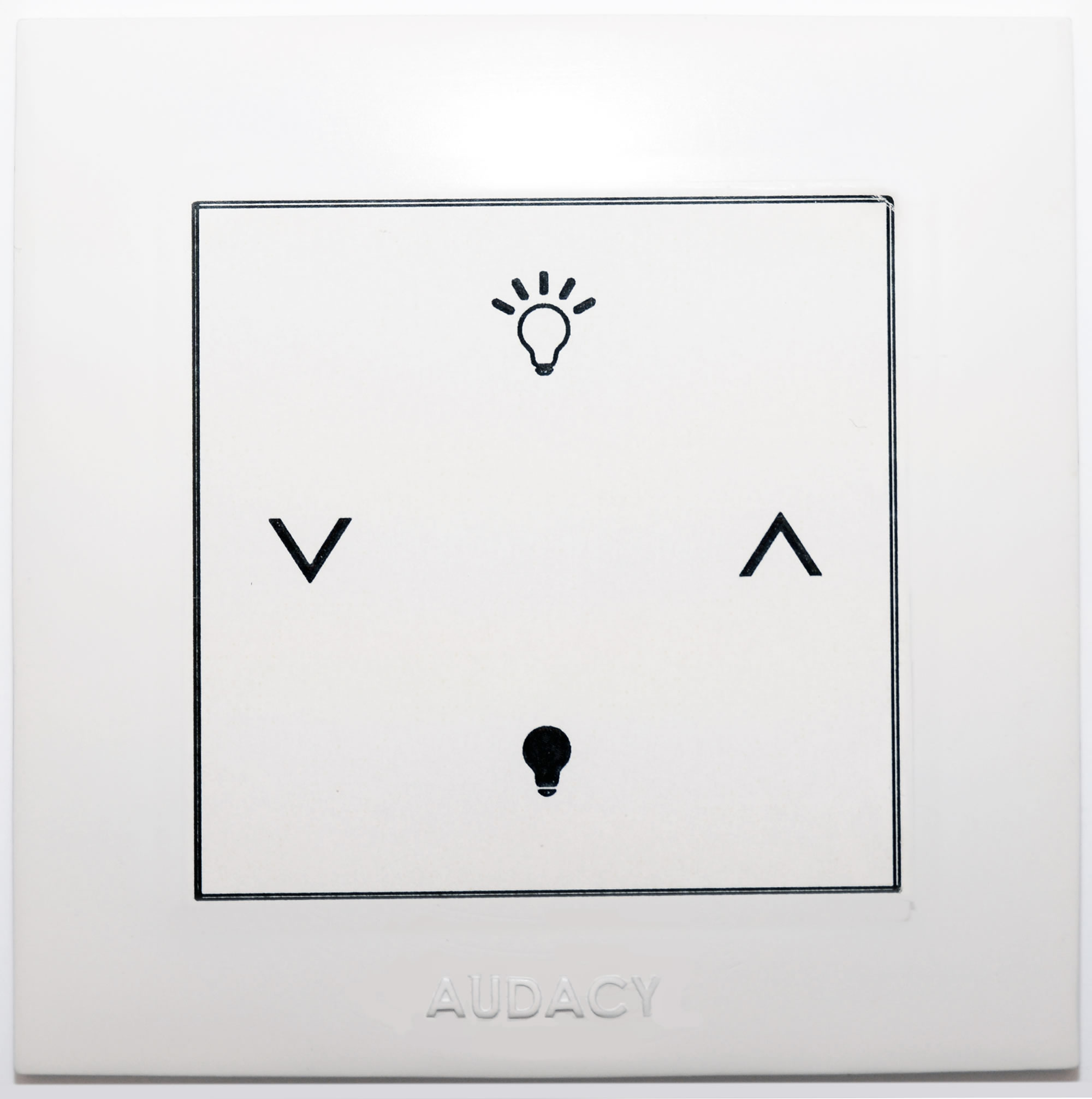 Audacy Wall Mount Switch On/Off & Dimming